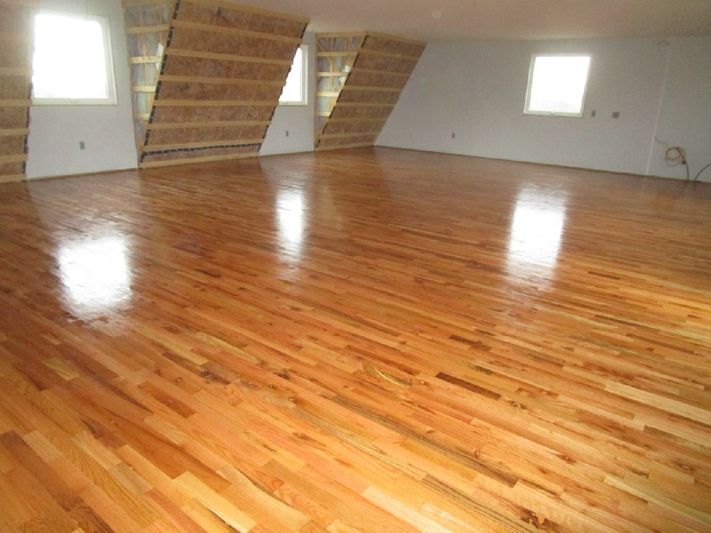Red Oak Hardwood Flooring Utility Grade Common Room